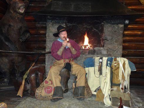 Adventsfeuer mit dem Westmann Patty Frank im Kaminraum