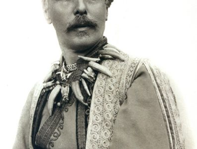 Karl May dressed up as his alter ego Kara Ben Nemsi, 1896