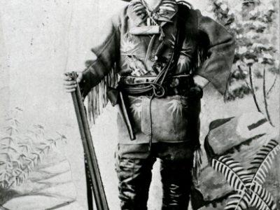 Karl May im Kostüm von Old Shatterhand, 1896