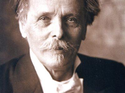 Schwarz-weiß-Porträt Karl Mays um 1905