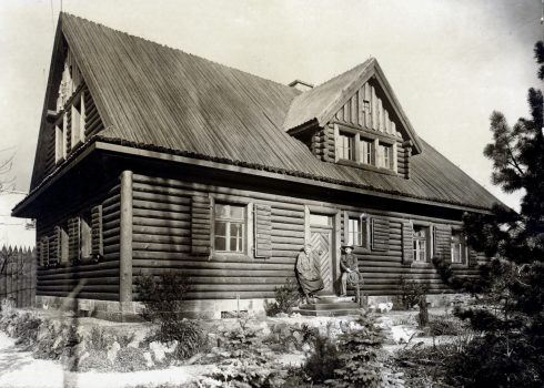 Historical picture of the Villa Bärenfett log cabin as oldest part of the museum
